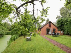 Byefield Lodge - Cotswolds - 1037054 - thumbnail photo 18