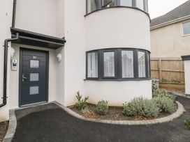 Flat 2, 38 Preston Road - Dorset - 1037083 - thumbnail photo 1