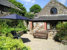 Barn Court Cottage - South Wales - 1037109 - thumbnail photo 1