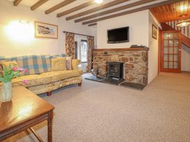 Barn Court Cottage - South Wales - 1037109 - thumbnail photo 2