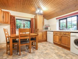 Barn Court Cottage - South Wales - 1037109 - thumbnail photo 4