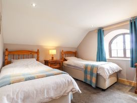 Barn Court Cottage - South Wales - 1037109 - thumbnail photo 10
