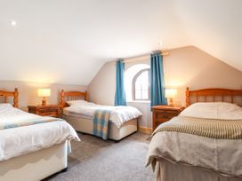 Barn Court Cottage - South Wales - 1037109 - thumbnail photo 11