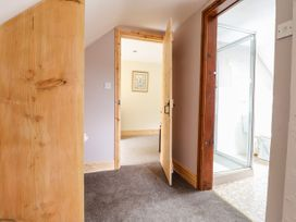 Barn Court Cottage - South Wales - 1037109 - thumbnail photo 12
