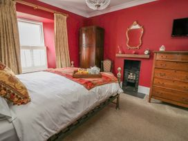 Chandlers Cottage - South Wales - 1037184 - thumbnail photo 29