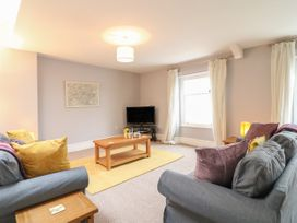 Apartment 6 - Devon - 1037273 - thumbnail photo 2