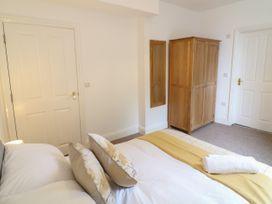 Apartment 6 - Devon - 1037273 - thumbnail photo 13