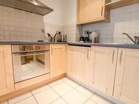 Apartment 32 - North Wales - 1037389 - thumbnail photo 7