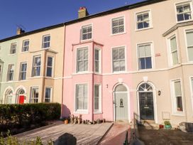 5 bedroom Cottage for rent in Beaumaris