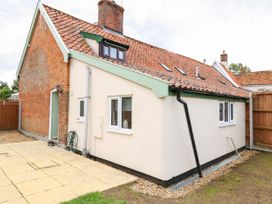 Bridge End Cottage - Norfolk - 1037534 - thumbnail photo 15
