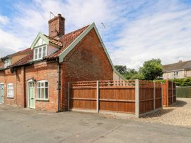 Bridge End Cottage - Norfolk - 1037534 - thumbnail photo 2