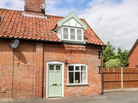 Bridge End Cottage - Norfolk - 1037534 - thumbnail photo 1