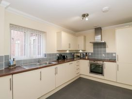 Bassett Green Apartment 1 - South Coast England - 1037537 - thumbnail photo 9
