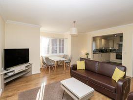 Bassett Green Apartment 1 - South Coast England - 1037537 - thumbnail photo 5