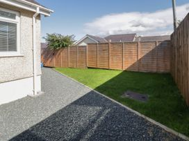 2 Bay View Road - Anglesey - 1037743 - thumbnail photo 18