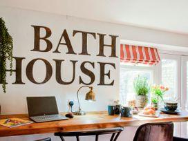 Bath House - Somerset & Wiltshire - 1037766 - thumbnail photo 3