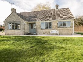 2 bedroom Cottage for rent in Tetbury