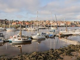 Harbour Sunset - Whitby & North Yorkshire - 1037782 - thumbnail photo 27