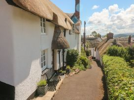 Step a Side - Somerset & Wiltshire - 1037812 - thumbnail photo 14