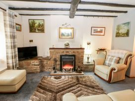 Shamrock Cottage - Peak District - 1037958 - thumbnail photo 6