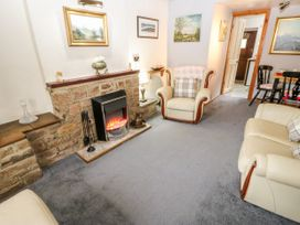 Shamrock Cottage - Peak District - 1037958 - thumbnail photo 4