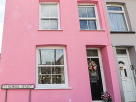 The Pink House - South Wales - 1038431 - thumbnail photo 2