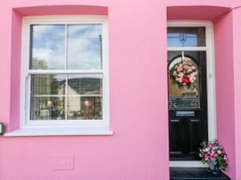 The Pink House - South Wales - 1038431 - thumbnail photo 3