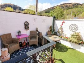 The Pink House - South Wales - 1038431 - thumbnail photo 22