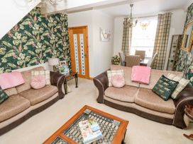 The Pink House - South Wales - 1038431 - thumbnail photo 6