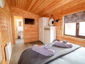 River Dove Lodge - Peak District - 1038948 - thumbnail photo 15