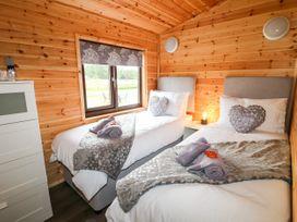 River Dove Lodge - Peak District - 1038948 - thumbnail photo 16