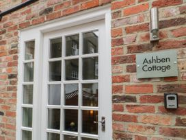Ashben Cottage - Whitby & North Yorkshire - 1038968 - thumbnail photo 2