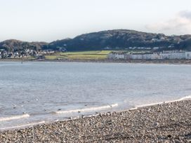Two Bays and the Orme View Cottage - North Wales - 1039004 - thumbnail photo 16