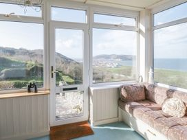 Two Bays and the Orme View Cottage - North Wales - 1039004 - thumbnail photo 5