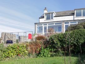 Two Bays and the Orme View Cottage - North Wales - 1039004 - thumbnail photo 3