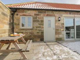 Cartwheel Cottage - Whitby & North Yorkshire - 1039011 - thumbnail photo 2
