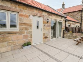 Shipswheel Cottage - North Yorkshire (incl. Whitby) - 1039012 - thumbnail photo 3