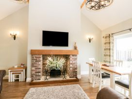 Shipswheel Cottage - North Yorkshire (incl. Whitby) - 1039012 - thumbnail photo 7