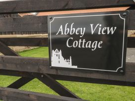 Abbey View Cottage - North Yorkshire (incl. Whitby) - 1039015 - thumbnail photo 3