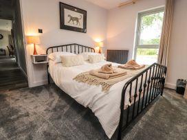 The Wenning Lodge 4 - Lake District - 1039113 - thumbnail photo 10