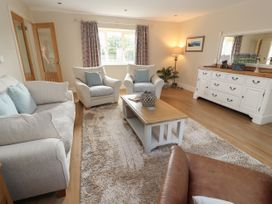 Oulton Barn House - North Wales - 1039268 - thumbnail photo 3