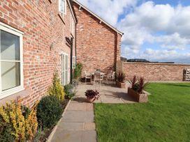 Oulton Barn House - North Wales - 1039268 - thumbnail photo 24
