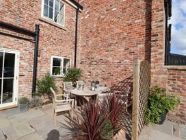 Oulton Barn House - North Wales - 1039268 - thumbnail photo 25