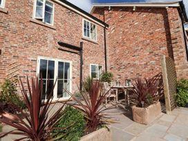 Oulton Barn House - North Wales - 1039268 - thumbnail photo 22