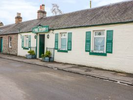 Cabin at the Tavern - Scottish Lowlands - 1039440 - thumbnail photo 13