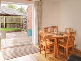 5 Forge Way - Shropshire - 1039495 - thumbnail photo 4