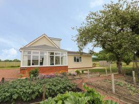 2 bedroom Cottage for rent in Kington