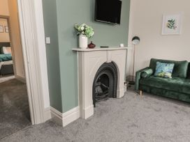 Emerald Suite - North Wales - 1039699 - thumbnail photo 6