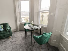 Emerald Suite - North Wales - 1039699 - thumbnail photo 7
