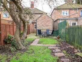 Bumble Bee Cottage - Lincolnshire - 1039754 - thumbnail photo 30